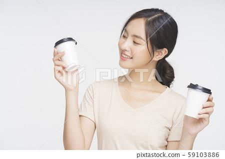 女咖啡館職員 59103886