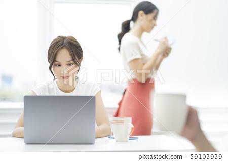 여성 비즈니스 카페 59103939