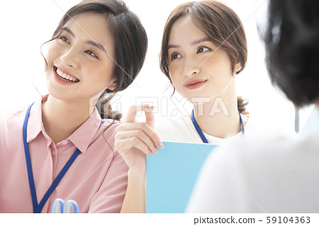 여성 비즈니스 회의 59104363