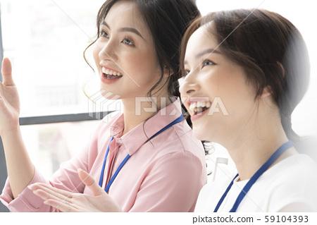 女性商務旅行 59104393