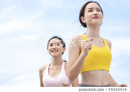 여성 스포츠 달리기 59104414