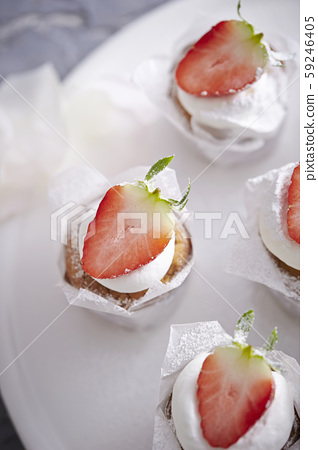 草莓蛋糕 59246405