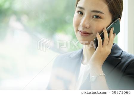 여성 비즈니스 통화 59273066