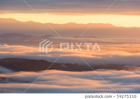 sea of clouds 59275310