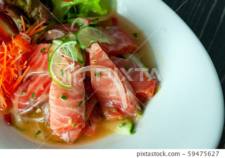 Tuna  spicy salad sauce , Thai spicy salad 59475627