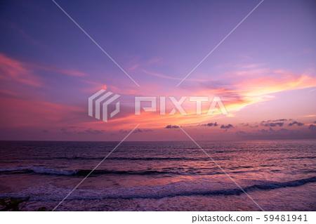 在印度尼西亞巴厘島的日落 59481941
