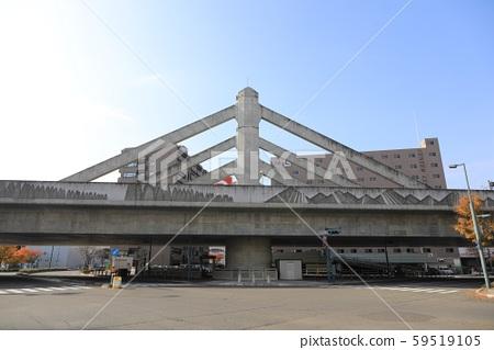 오비 히로 역 근처의 육교 (철도) 59519105