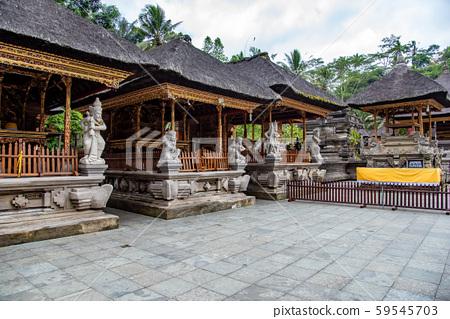 인도네시아 발리 티르 · 엔뿌루 사원의 경내 59545703