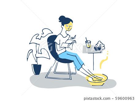 휴식 시간 팩과 족욕을하는 여성 59600963