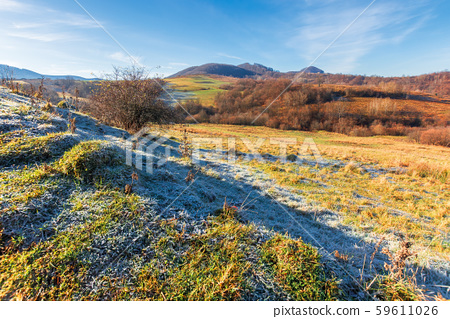 frosty morning in mountainous countryside 59611026