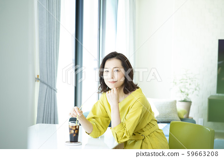 女性生活冰咖啡 59663208