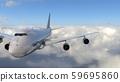 飛機在飛行中 59695860