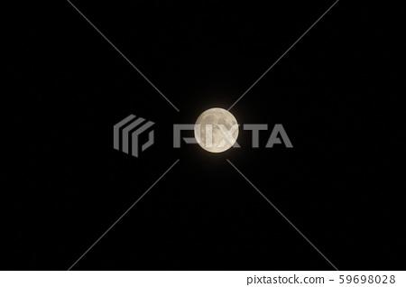 Full moon in Hokkaido 59698028