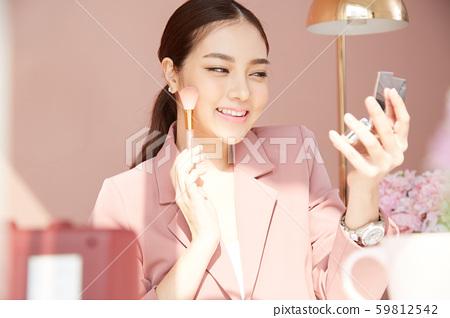 여성 비즈니스 변혁 59812542