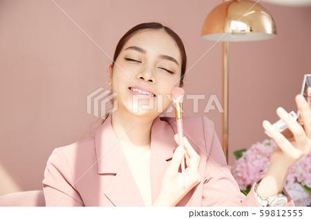 여성 비즈니스 변혁 59812555