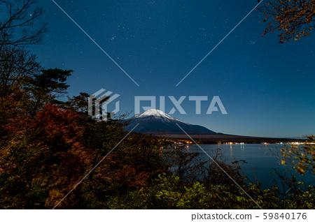 Fuji and shooting star illuminated by moonlight 59840176