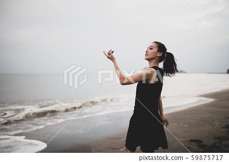Dance Sea Woman 59875717