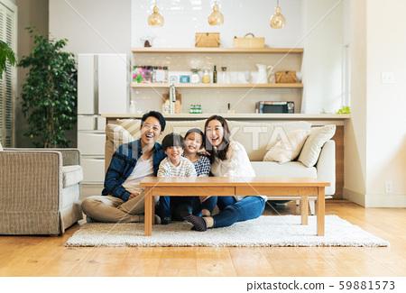 家庭,父母和子女,家 59881573