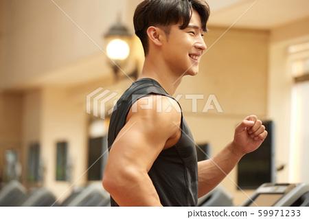 男子健身跑步 59971233