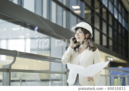 Working woman design architecture 60010831