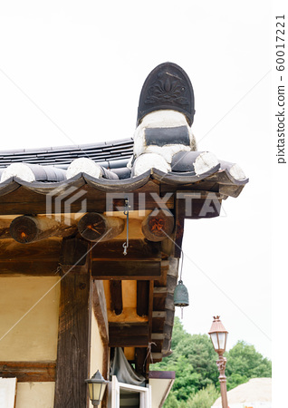 한국 안동 전통 한옥의 아름다운 목조 건물 60017221
