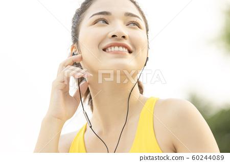 여성 스포츠 달리기 60244089