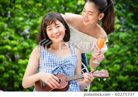女性旅行音樂 60275737