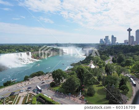 Niagara Falls Niagara Falls, Canada 60316709