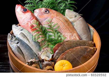 什錦鮮魚 60320502