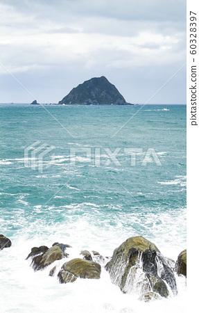 小島與奇型岩石 60328397