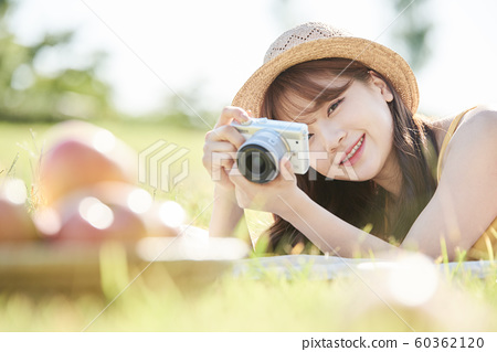 女野餐照片 60362120