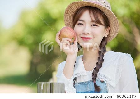 農業女性生活方式蘋果 60362187