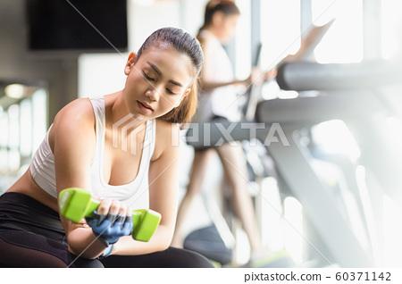 女健身啞鈴 60371142
