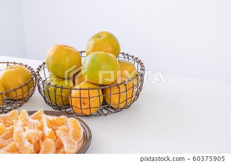 橘農業新年白底當代橘子白色背景橘橘 60375905
