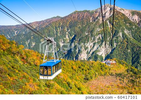 <Toyama Prefecture> Autumn leaves of Kurobedaira and Tateyama Kurobe Alpine Route 60417101