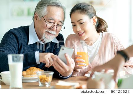 家庭生活智能手機 60429628