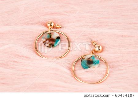 Earrings 60434187