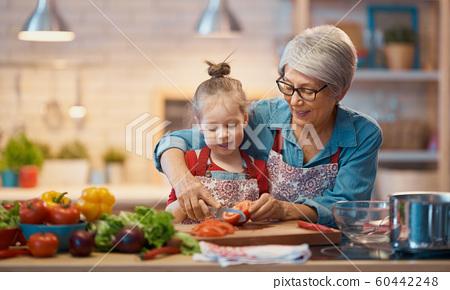 Homemade food and little helper 60442248