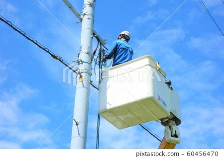 電線桿施工電氣施工恢復工作工人 60456470