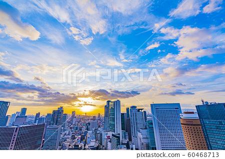 朝著西梅田的大阪市容夜景 60468713