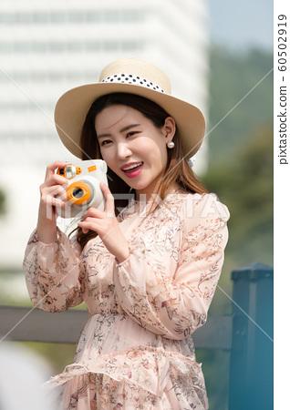 아름다운 대한민국 여성의 표정, 공원 산책 60502919