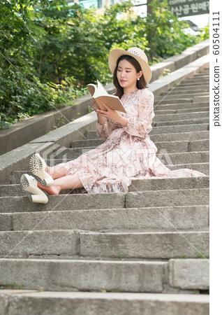 아름다운 대한민국 여성의 표정, 공원 산책 60504111