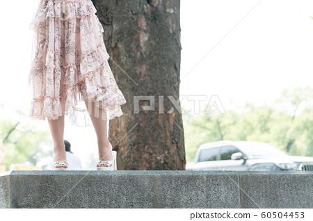아름다운 대한민국 여성의 표정, 공원 산책 60504453