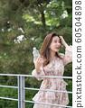 아름다운 대한민국 여성의 표정, 공원 산책 60504898