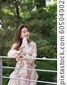 아름다운 대한민국 여성의 표정, 공원 산책 60504902