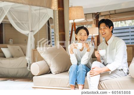 리조트 커플 여행 야외 이미지 60565808
