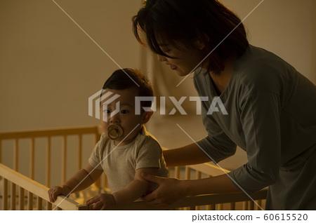 가족 엄마 유아 침대 60615520