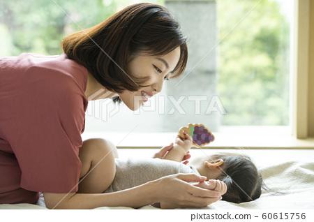 가족 엄마 유아 60615756