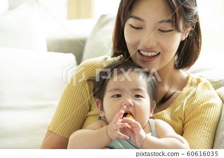 가족 엄마 유아 60616035