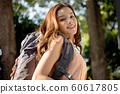 여성 야외 하이킹 60617805